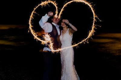 05547--©ADH Photography2017--MrAndMrsViox--Wedding