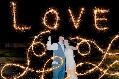 05541--©ADH Photography2017--MrAndMrsViox--Wedding