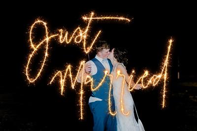 05537--©ADH Photography2017--MrAndMrsViox--Wedding