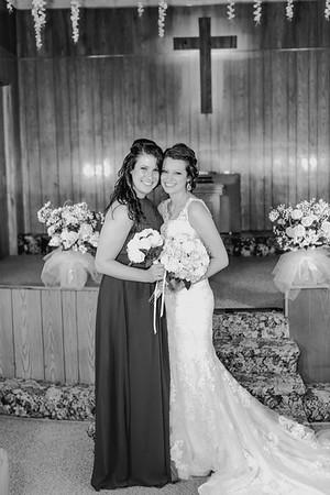 00850--©ADH Photography2017--MrAndMrsViox--Wedding