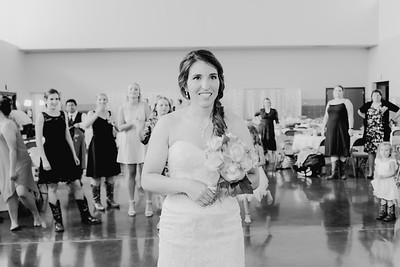 05682--©ADH Photography2017--DerekHollyVolker--Wedding