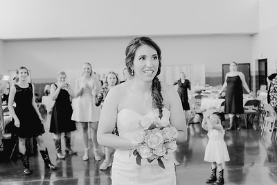 05688--©ADH Photography2017--DerekHollyVolker--Wedding