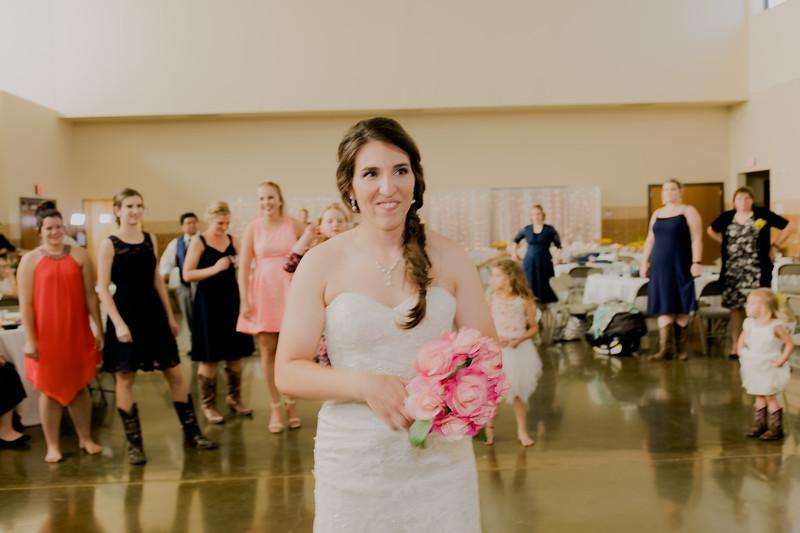 05675--©ADH Photography2017--DerekHollyVolker--Wedding