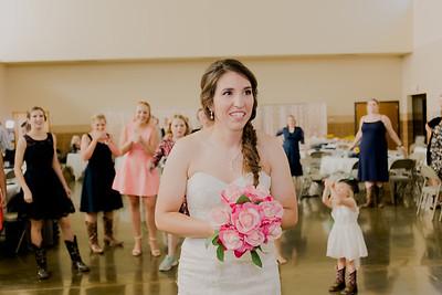 05685--©ADH Photography2017--DerekHollyVolker--Wedding
