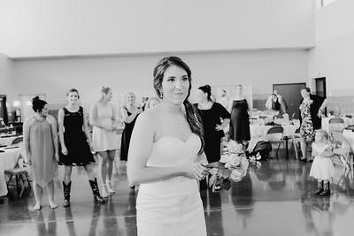 05672--©ADH Photography2017--DerekHollyVolker--Wedding