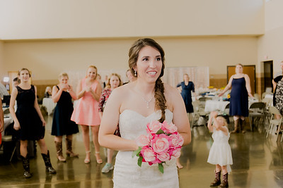 05683--©ADH Photography2017--DerekHollyVolker--Wedding