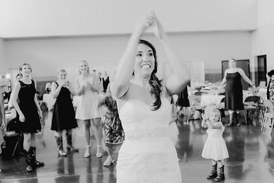 05690--©ADH Photography2017--DerekHollyVolker--Wedding