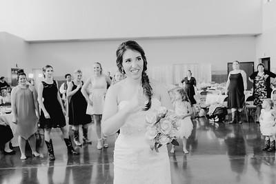 05678--©ADH Photography2017--DerekHollyVolker--Wedding