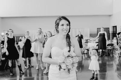 05684--©ADH Photography2017--DerekHollyVolker--Wedding