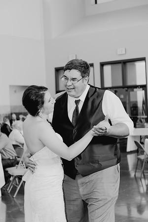 05090--©ADH Photography2017--DerekHollyVolker--Wedding