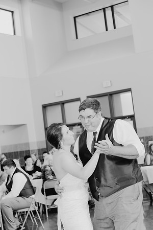 05086--©ADH Photography2017--DerekHollyVolker--Wedding