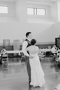 04964--©ADH Photography2017--DerekHollyVolker--Wedding
