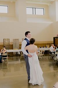 04963--©ADH Photography2017--DerekHollyVolker--Wedding