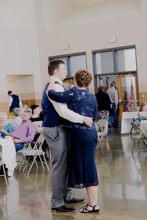05177--©ADH Photography2017--DerekHollyVolker--Wedding