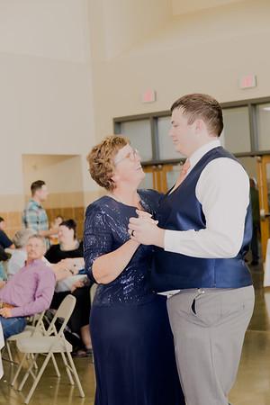 05171--©ADH Photography2017--DerekHollyVolker--Wedding