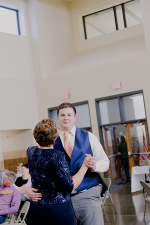 05159--©ADH Photography2017--DerekHollyVolker--Wedding