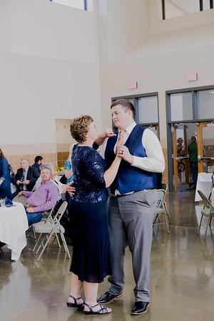 05141--©ADH Photography2017--DerekHollyVolker--Wedding