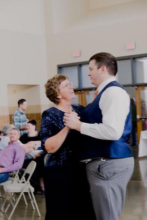 05173--©ADH Photography2017--DerekHollyVolker--Wedding