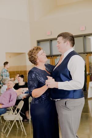 05169--©ADH Photography2017--DerekHollyVolker--Wedding