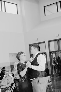 05144--©ADH Photography2017--DerekHollyVolker--Wedding