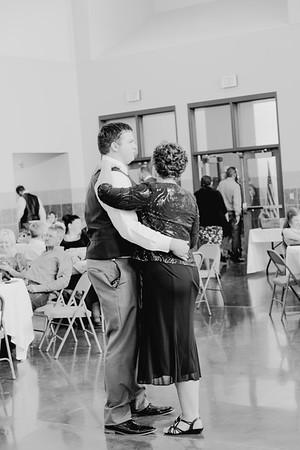 05178--©ADH Photography2017--DerekHollyVolker--Wedding