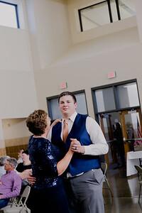 05165--©ADH Photography2017--DerekHollyVolker--Wedding
