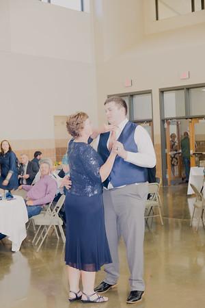 05139--©ADH Photography2017--DerekHollyVolker--Wedding