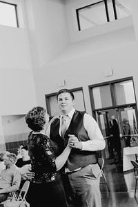 05166--©ADH Photography2017--DerekHollyVolker--Wedding