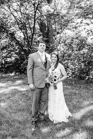 02250--©ADH Photography2017--DerekHollyVolker--Wedding