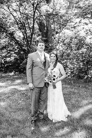 02248--©ADH Photography2017--DerekHollyVolker--Wedding