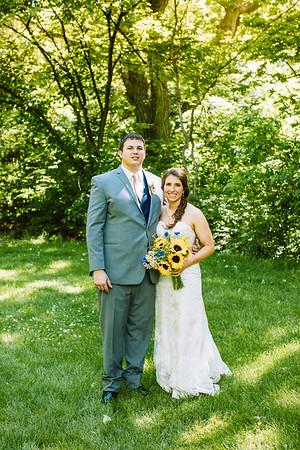 02247--©ADH Photography2017--DerekHollyVolker--Wedding