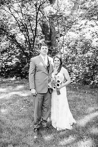 02246--©ADH Photography2017--DerekHollyVolker--Wedding