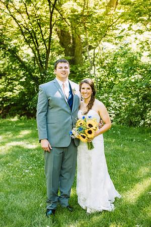 02235--©ADH Photography2017--DerekHollyVolker--Wedding