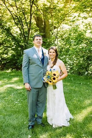 02239--©ADH Photography2017--DerekHollyVolker--Wedding