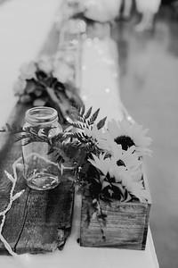 02832--©ADH Photography2017--DerekHollyVolker--Wedding