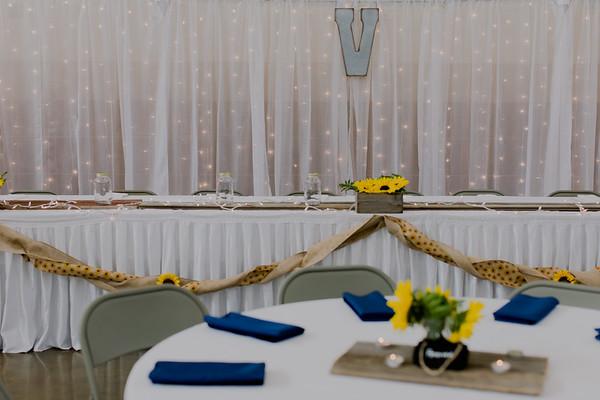 02845--©ADH Photography2017--DerekHollyVolker--Wedding