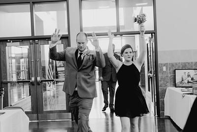 04462--©ADH Photography2017--DerekHollyVolker--Wedding