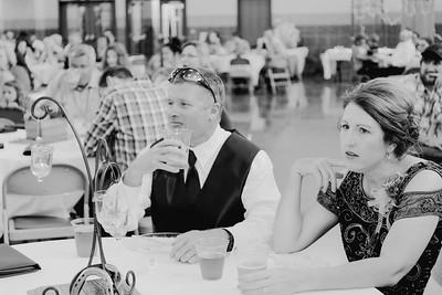 04532--©ADH Photography2017--DerekHollyVolker--Wedding