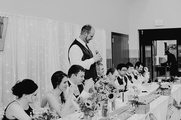 04516--©ADH Photography2017--DerekHollyVolker--Wedding