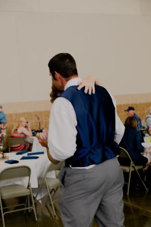 05191--©ADH Photography2017--DerekHollyVolker--Wedding