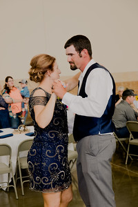 05187--©ADH Photography2017--DerekHollyVolker--Wedding
