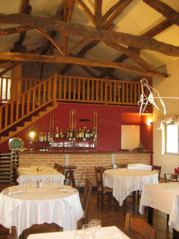 Diningroom at La Source Blue