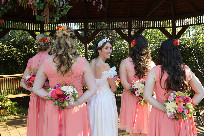 Bride Nellie with Bridal Party & flowers