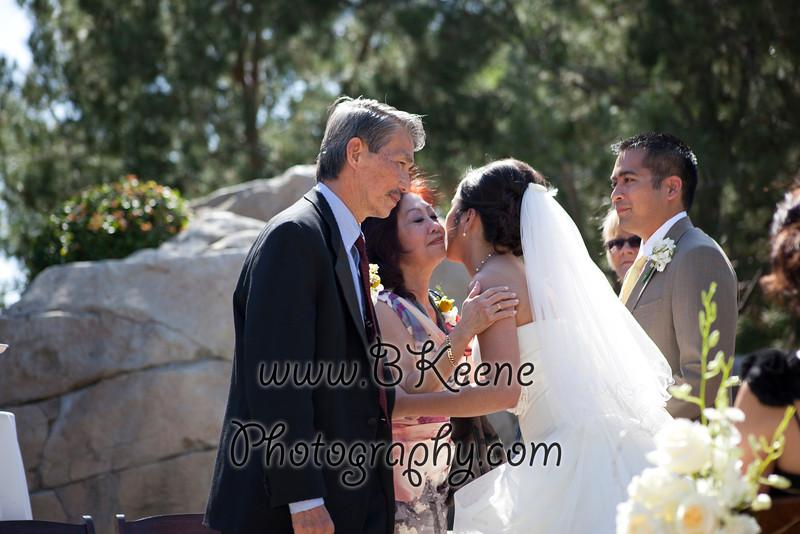 Ngoc&Byron_Ceremony_BKeenePhoto029