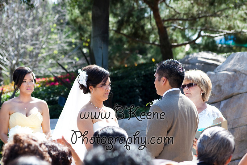 Ngoc&Byron_Ceremony_BKeenePhoto021