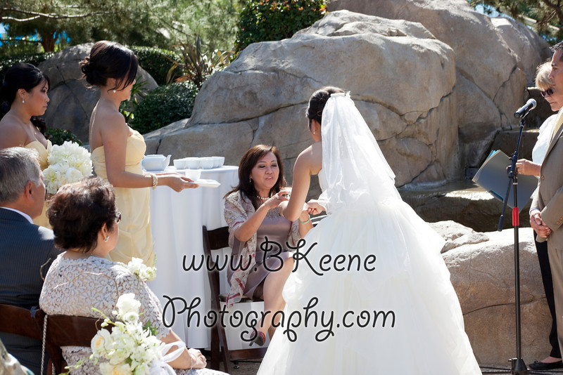 Ngoc&Byron_Ceremony_BKeenePhoto030