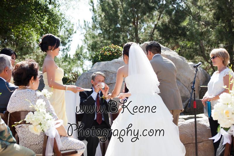 Ngoc&Byron_Ceremony_BKeenePhoto028