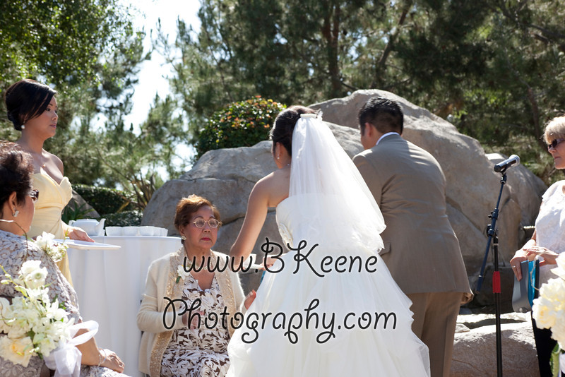 Ngoc&Byron_Ceremony_BKeenePhoto032