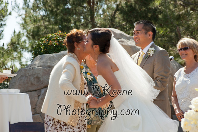 Ngoc&Byron_Ceremony_BKeenePhoto033