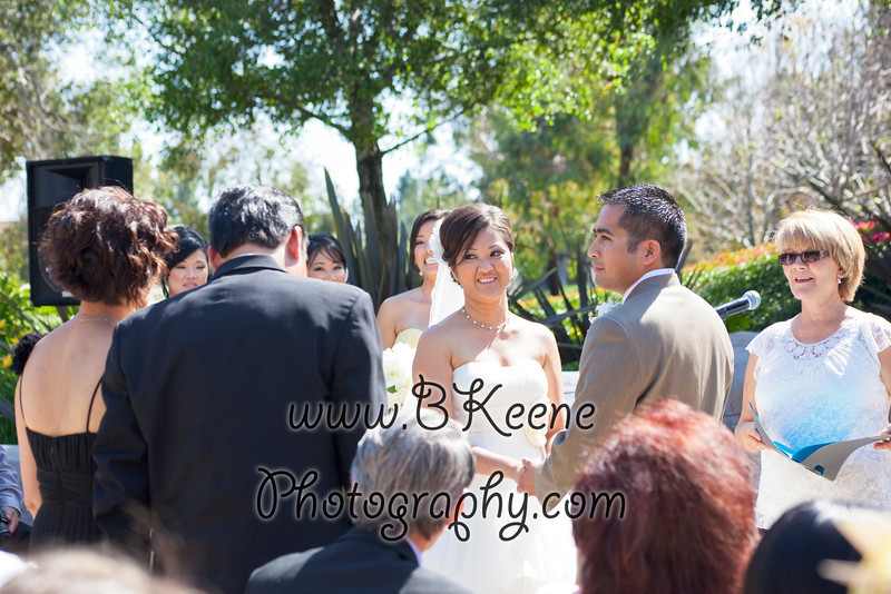 Ngoc&Byron_Ceremony_BKeenePhoto023